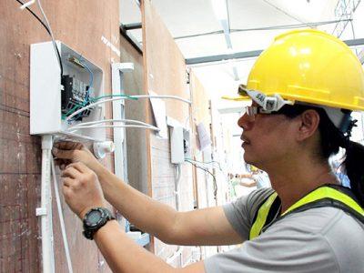 เรียนช่างไฟฟ้าจบมาประกอบอาชีพอะไรได้บ้าง